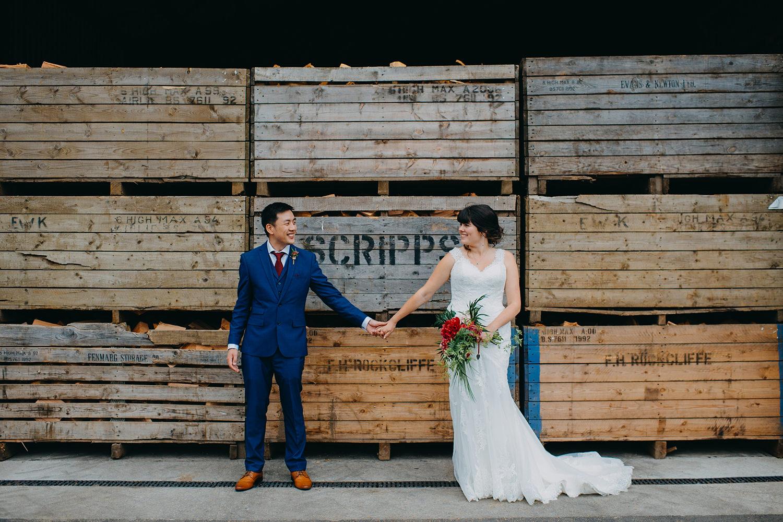 red-barn-wedding-photographer055.jpg