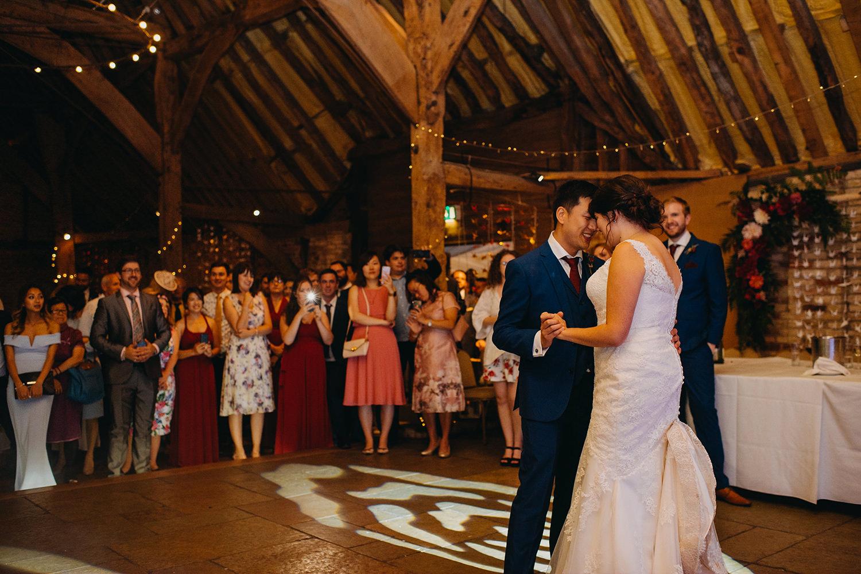 red-barn-wedding-photographer071.jpg