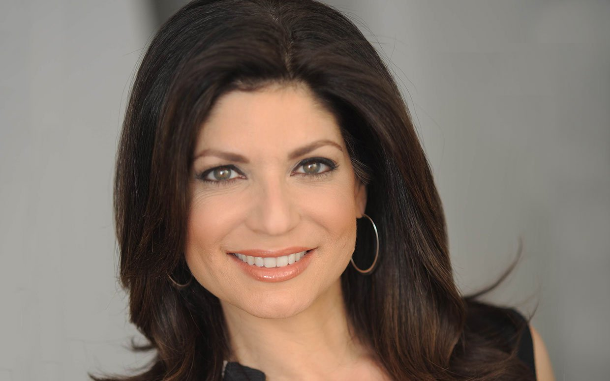 Tamsen-Fadal-the-new-single-feature-parade-mag.jpg