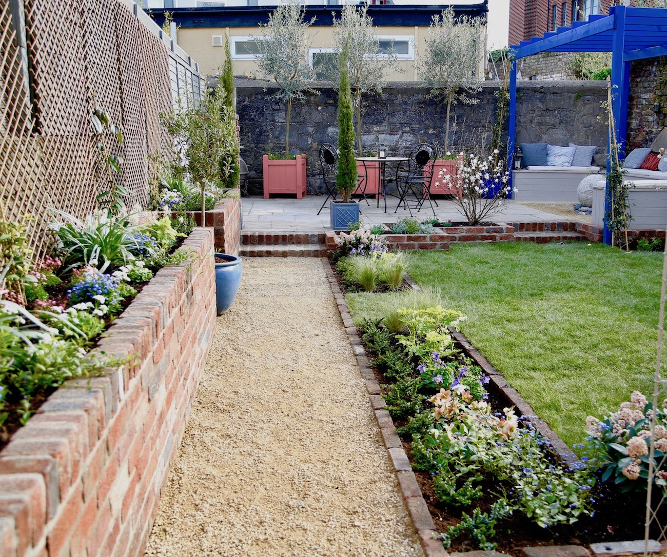 super-alex-alexandra-hollingsworth-garden-design-10.jpg