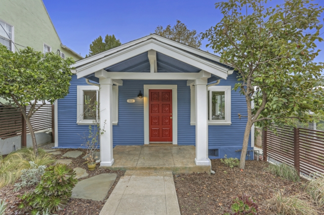 Featured on CurbedLA - Petite Blue Eagle Rock Bungalow