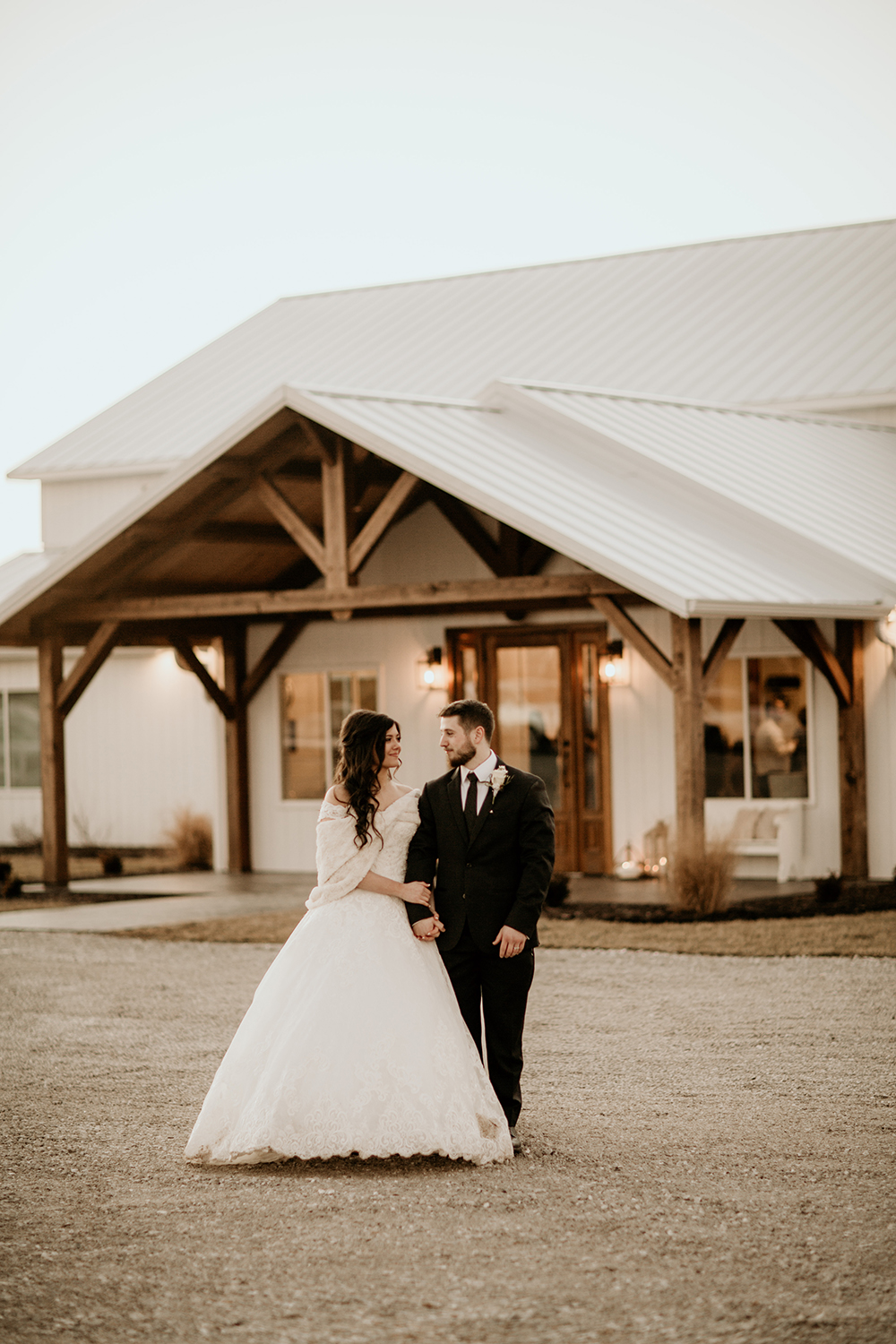photographer_missouri_wedding_dreamy_engagement_outdoor_portrait_3.JPG