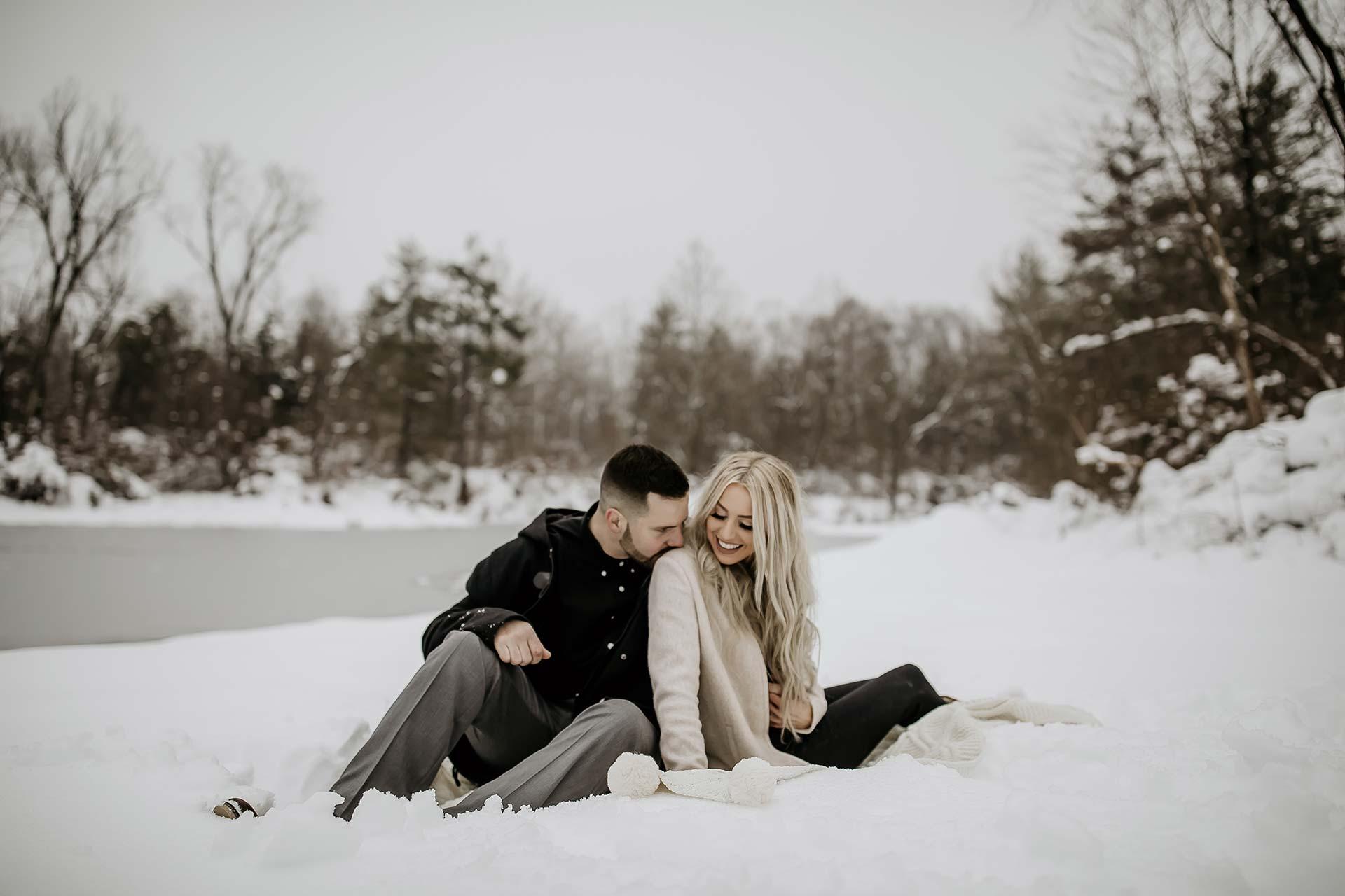 ivy-ink-photography-couple-portrait-snow.jpg