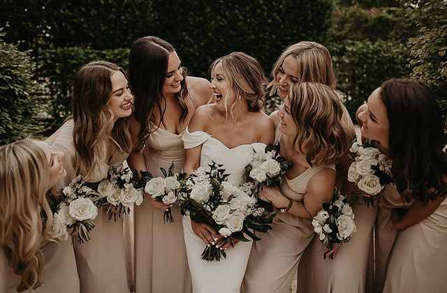 Best friends are family you get to choose ✨ . . . . .FOLLOW @ivyinkphotography . . . #weddingphotograph #weddingphotoshoot #weddingphotographers #weddingphotoinspiration #destinationweddingphotographers #missouriweddingphotographer #elopementwedding #elopementphotography #lookslikefilmweddings #coloradoweddingphotographer  #weddingphotoideas #weddingphotoidea  #destinationweddings