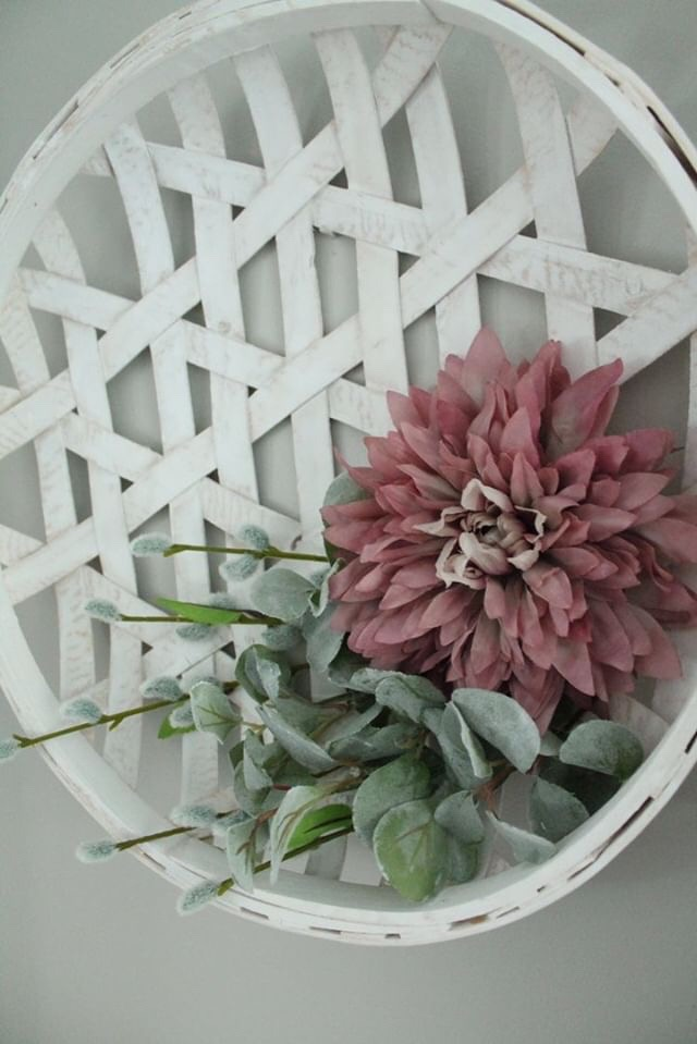 DIY Spring Wreath - Cate at West Magnolia Charm