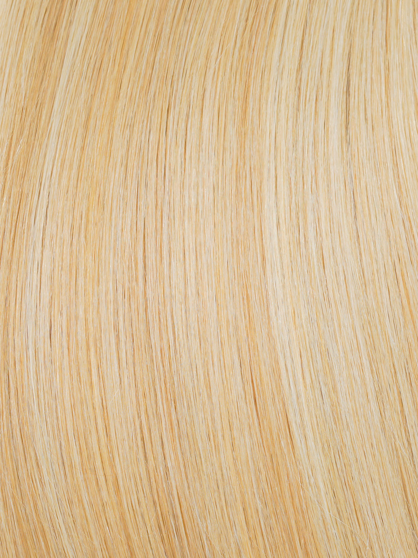 GOLDEN BLONDE #14/22 - A warm mix of gorgeous glittering gold locks and icy platinum strands make for a unique combination of effortless glamour.
