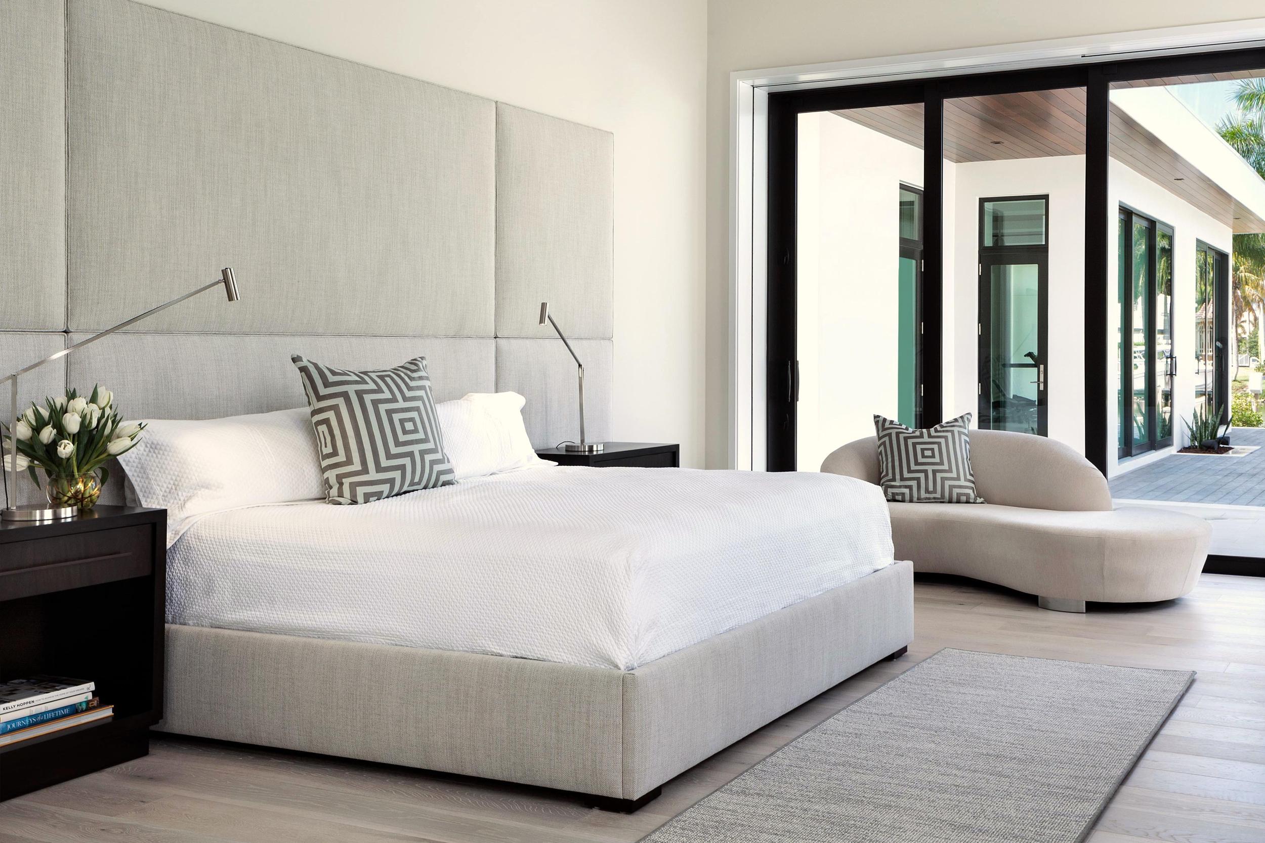 Naples Residence // Bedroom