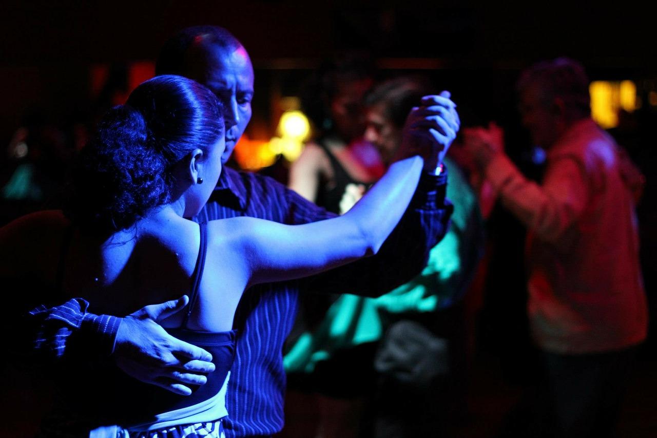 dance-238263_1280.jpg