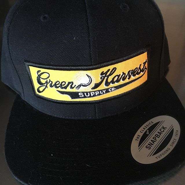 Through my previous business, Green Harvest Supply Company, I was able to meet some great folks and offer trimming solutions for many harvests. I am excited to build on what I learned and offer a more stream lined version in Oregon Trim Rentals. Same great machines, same great trimming knowledge, same great customer service. #portlandcannaconnection #portlandcannabismarket #portlandcannabistastingclub #portlandcannabiscommunity #portlandcannabis #oregon #oregoncannabis #oregoncannabiscommunity #oregongrowncannabis
