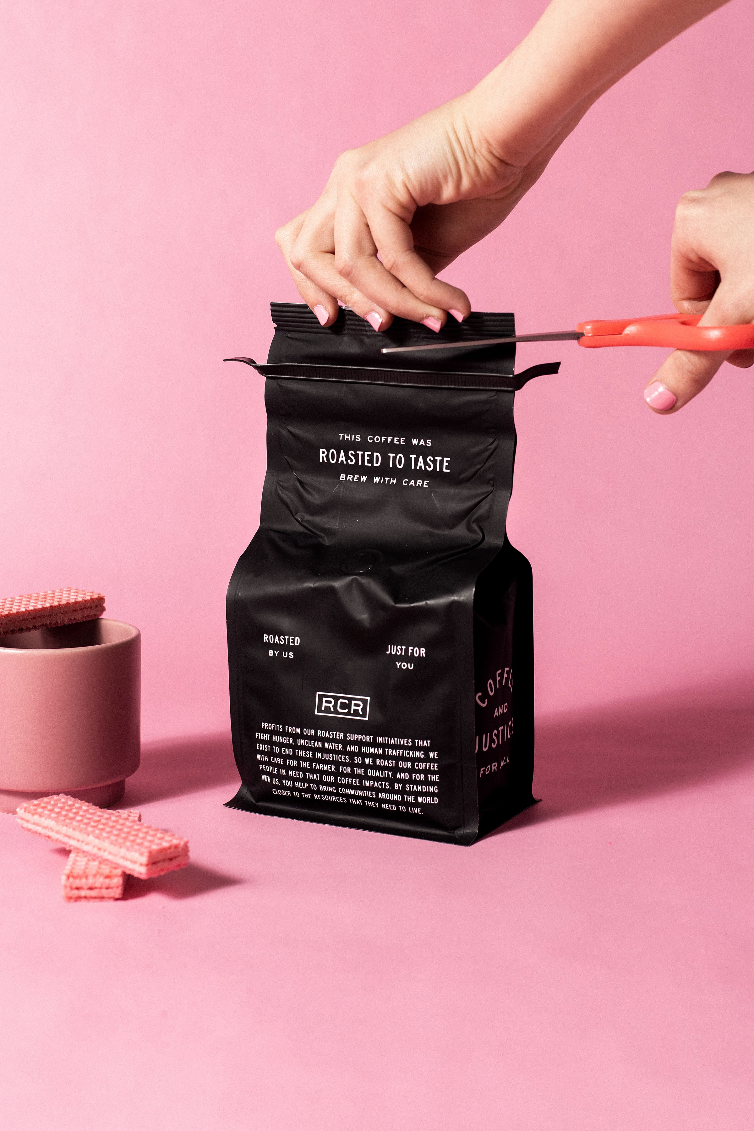Studio Freight - Roosevelt Coffee Packaging