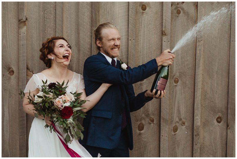 handd-champagne.jpg