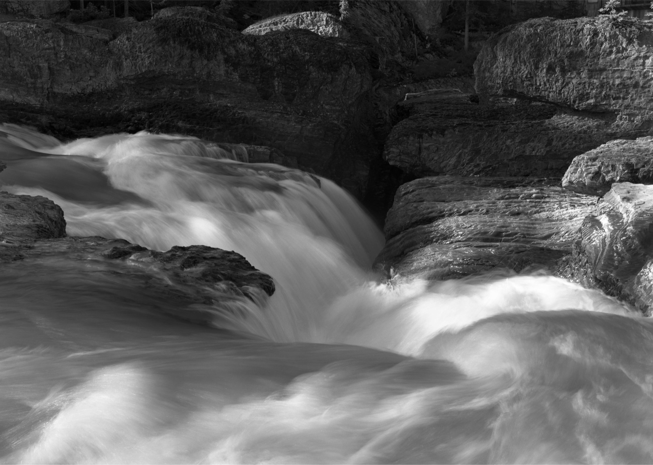 067_Kicking_Horse_River_Falls.jpg