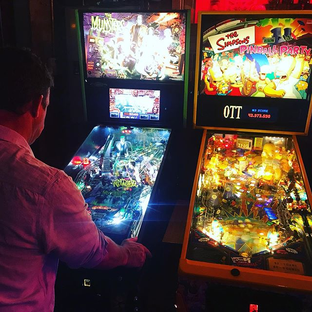 Come warning up with a game and a beer. 🍺  #pinballparadise #pinball #pinballwizard #pinballlife #fortheloveofarcades #melbourne #melbournenightlife #melbournenights #melb #melbournedrinks #fridaynightdrinks #saturdaynightdrinks