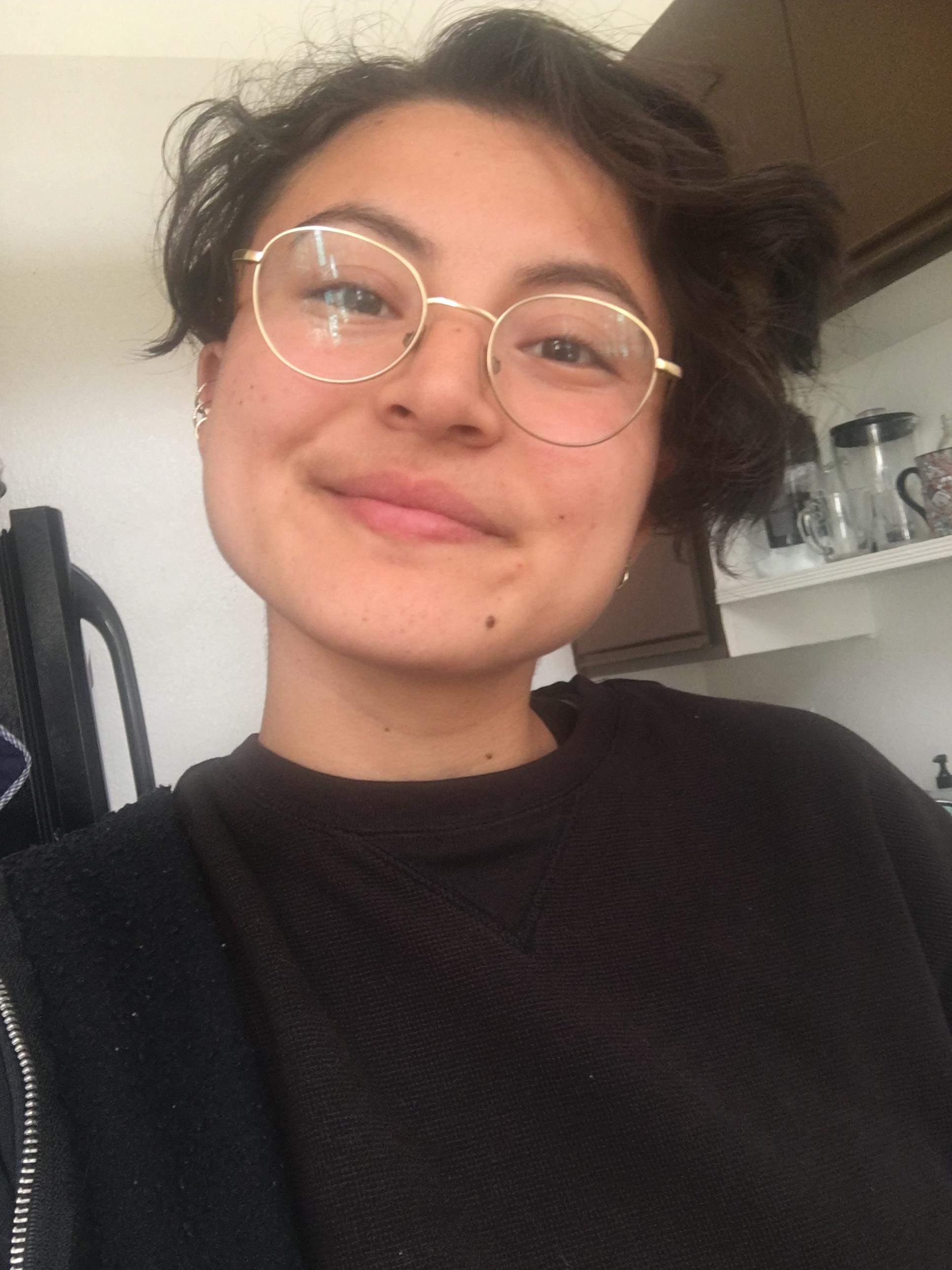Alina - A beautiful humxn whose bio is on its way.