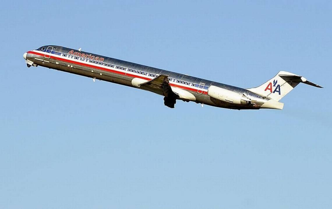 American MD80.jpg