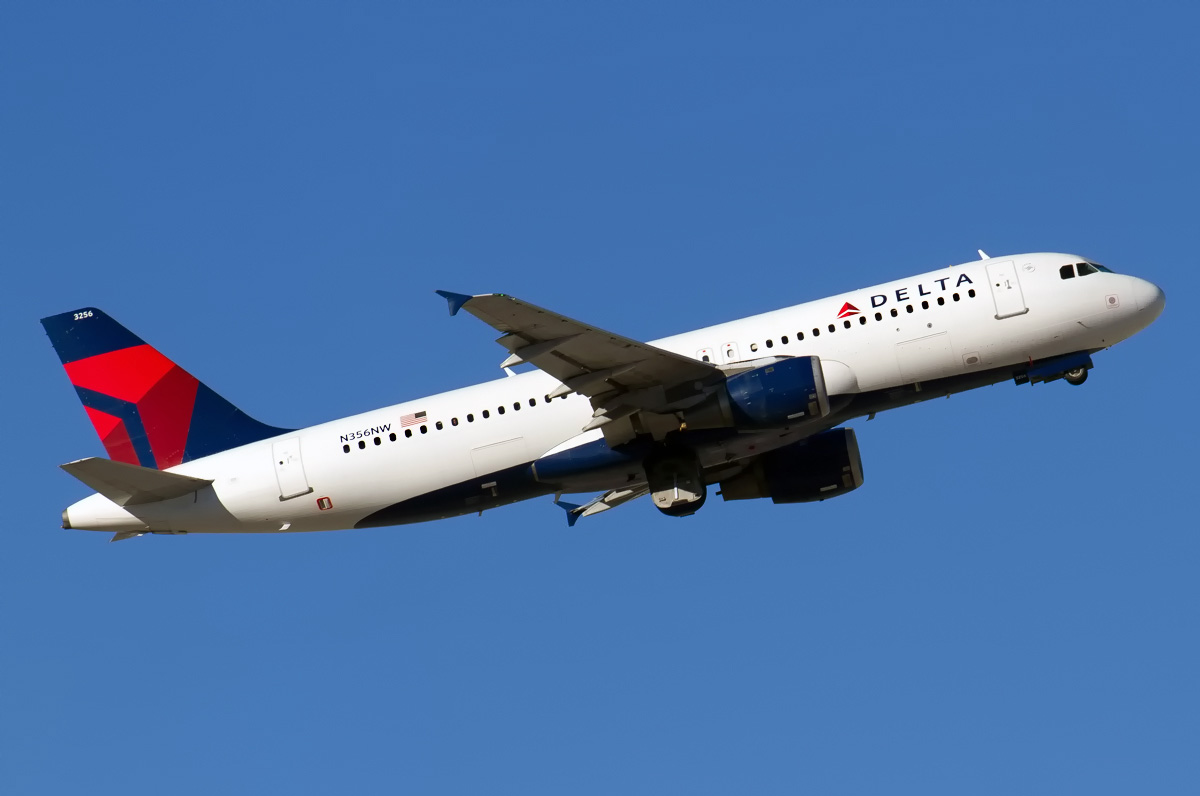 Delta A320.jpg