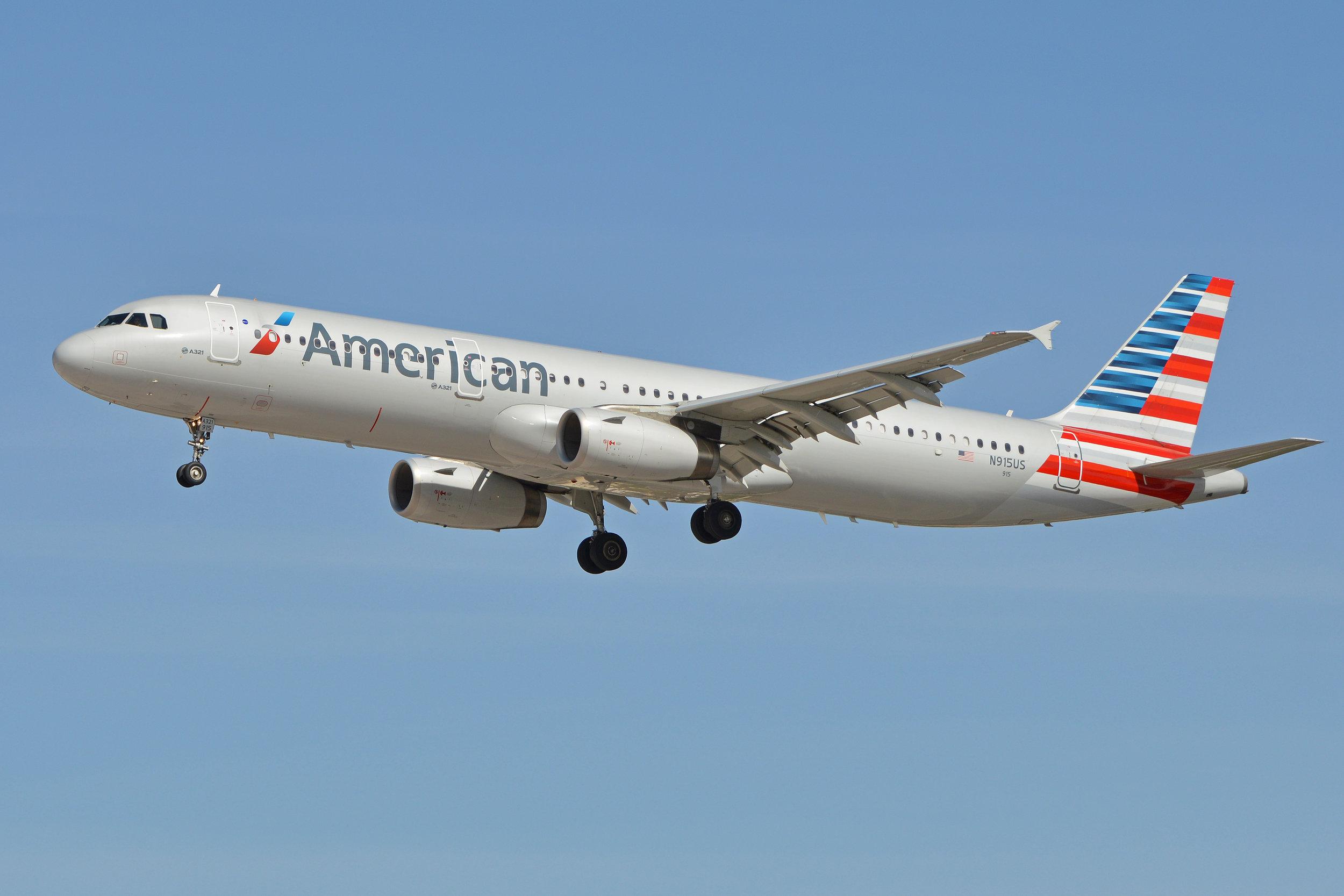 American A321.jpg