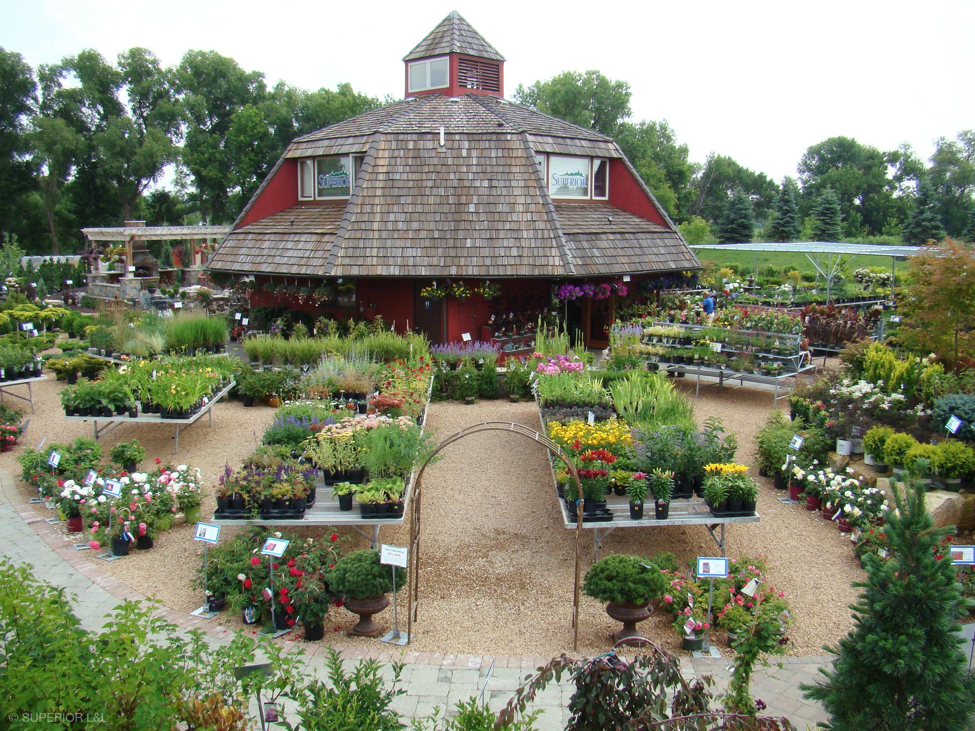 superior-ll-outdoor-expressions-garden-center-000.jpg