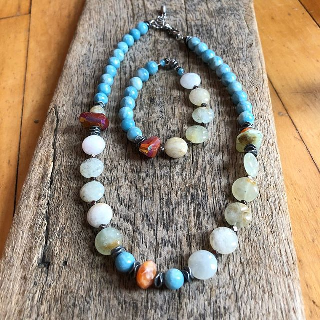 How fun and funky is this necklace and bracelet? I absolutely love the contradiction of size, shape and color of these beads. Check these pieces out in Indigo Blues in Concord or Contoocook, NH, at one of my shows, or DM me to schedule a time to come into my studio!⠀⠀⠀⠀⠀⠀⠀⠀⠀ ⠀⠀⠀⠀⠀⠀⠀⠀⠀ #beadorable #shoplocal #supportlocal #NH #ConcordNH #creativity #madewithlove #selfcare #spoilyourself #handmade #jewelry #jewelrydesign #shopforyou #shophandmade #livefree #HopkintonNH #NewEngland #MollyBrandt #smallbusiness #meaningful #sharethelove