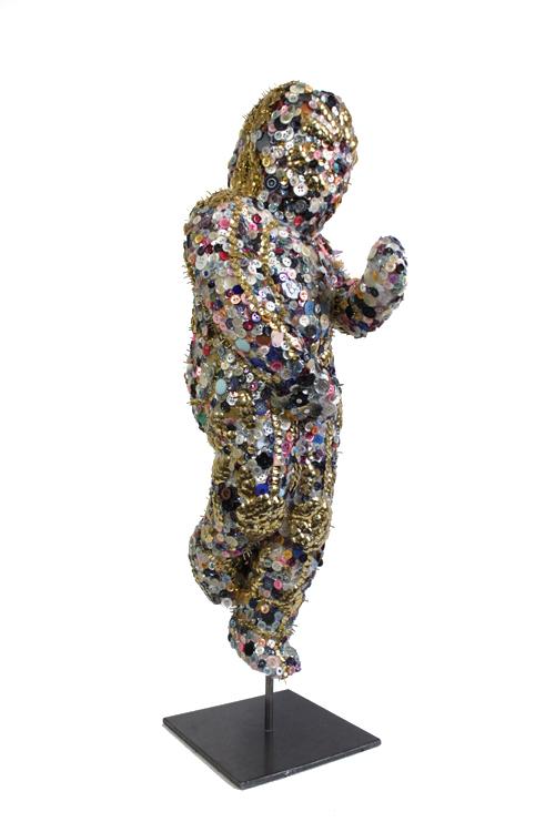 emma-vidal-guerre-boutons-2-fetish-sculpture.png