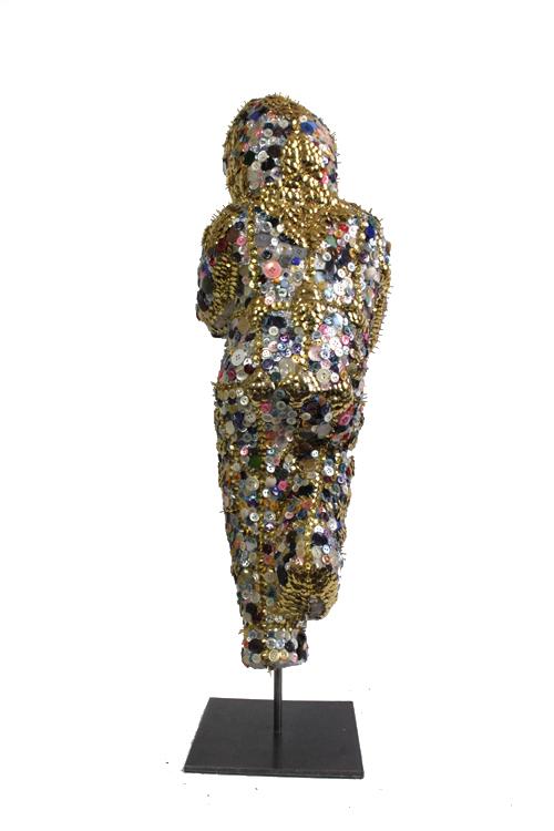 emma-vidal-guerre-boutons-3-fetish-sculpture.png