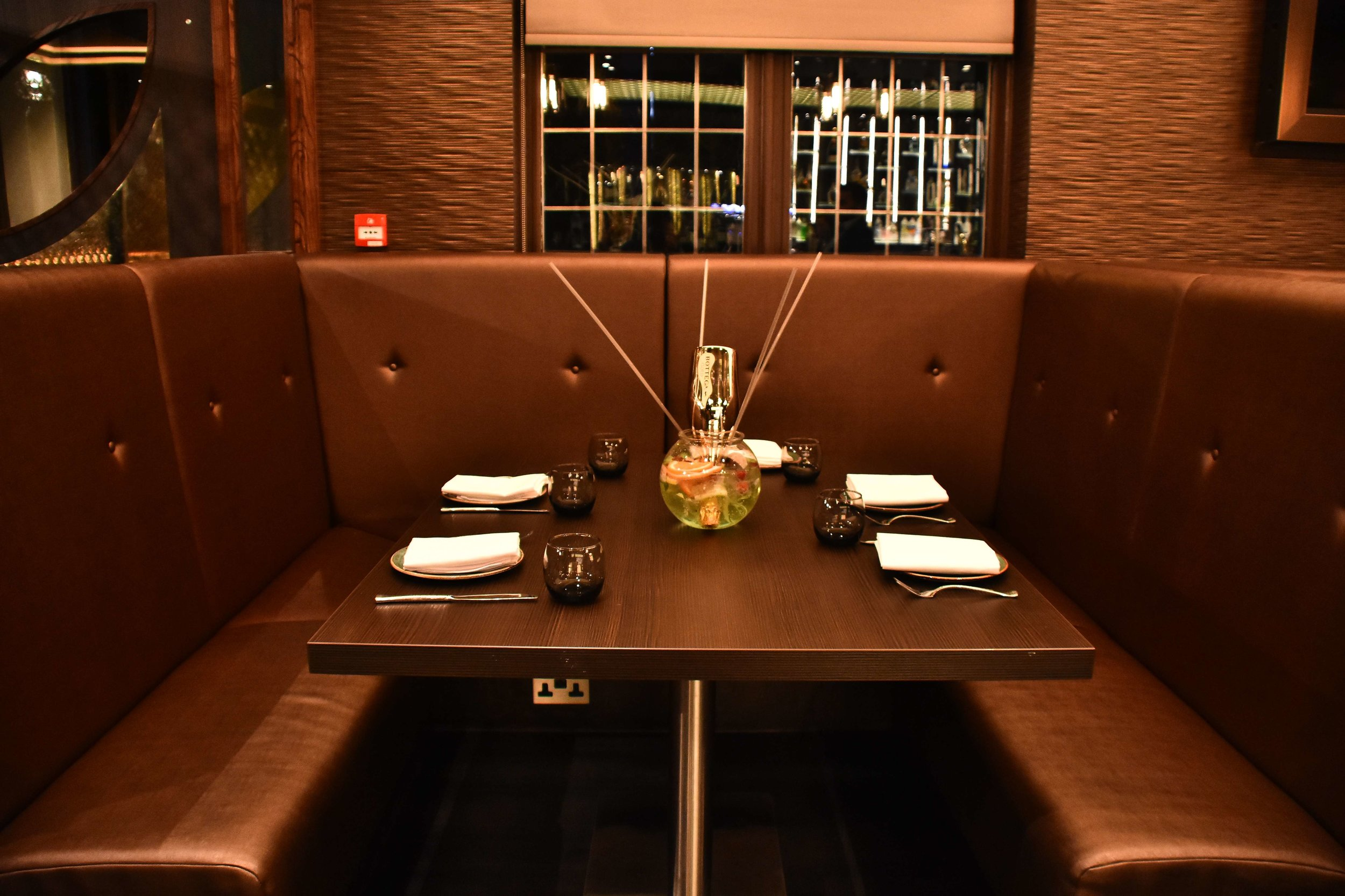 a table at the venue5