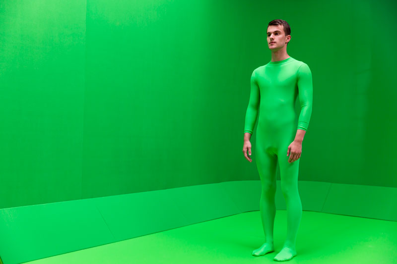 chromakey-body-suit-greenscreen.jpg