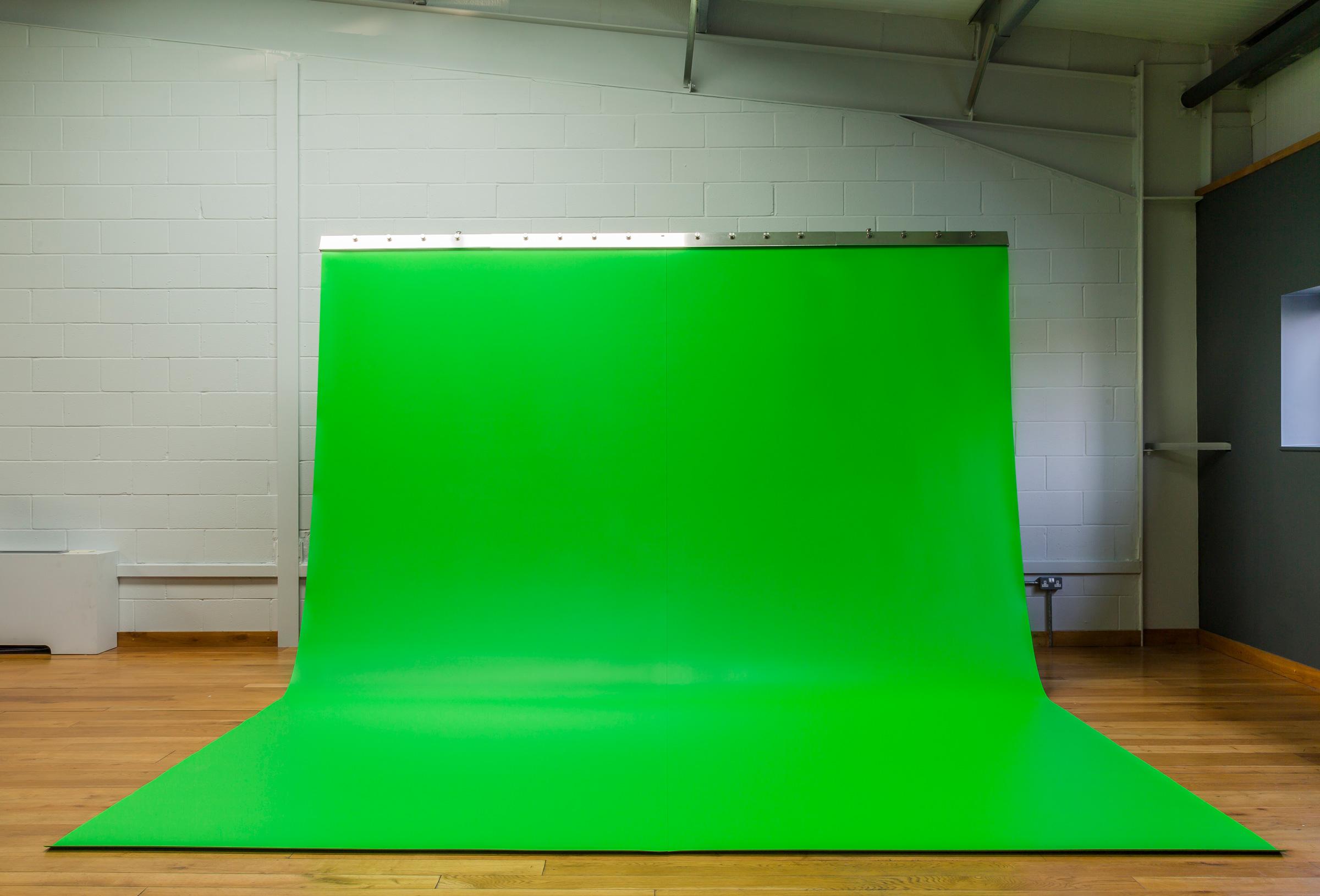 VFX-SC-full-unflashed-80%.jpg