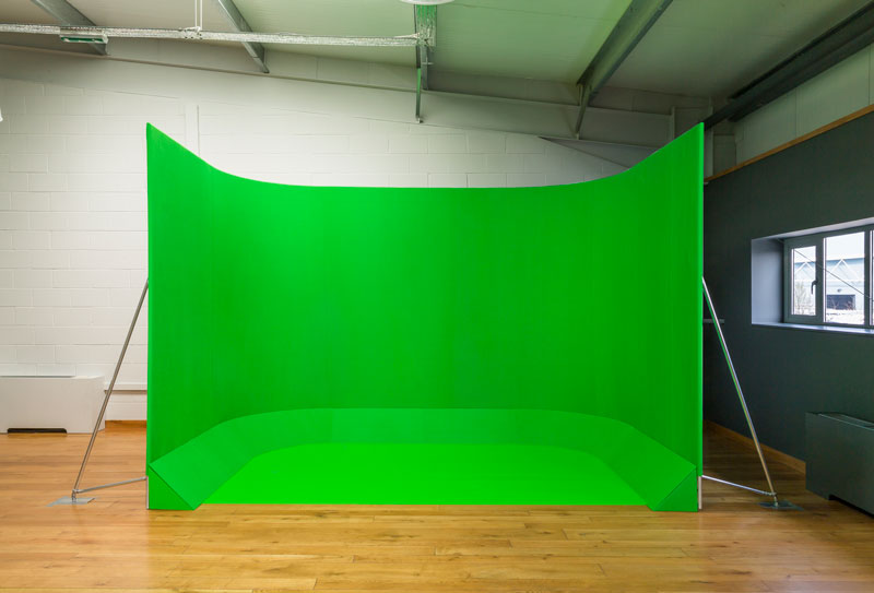 Chromakey VFX100 green screen.jpg