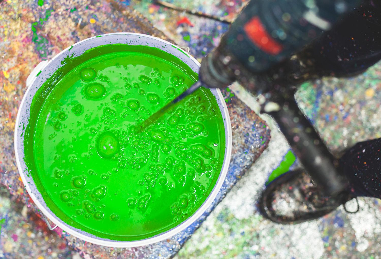 bristol-vfx-chromakey-green-paint-bucket.jpg