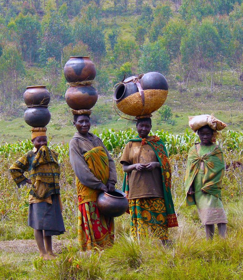 uganda-signore-foresta.jpg