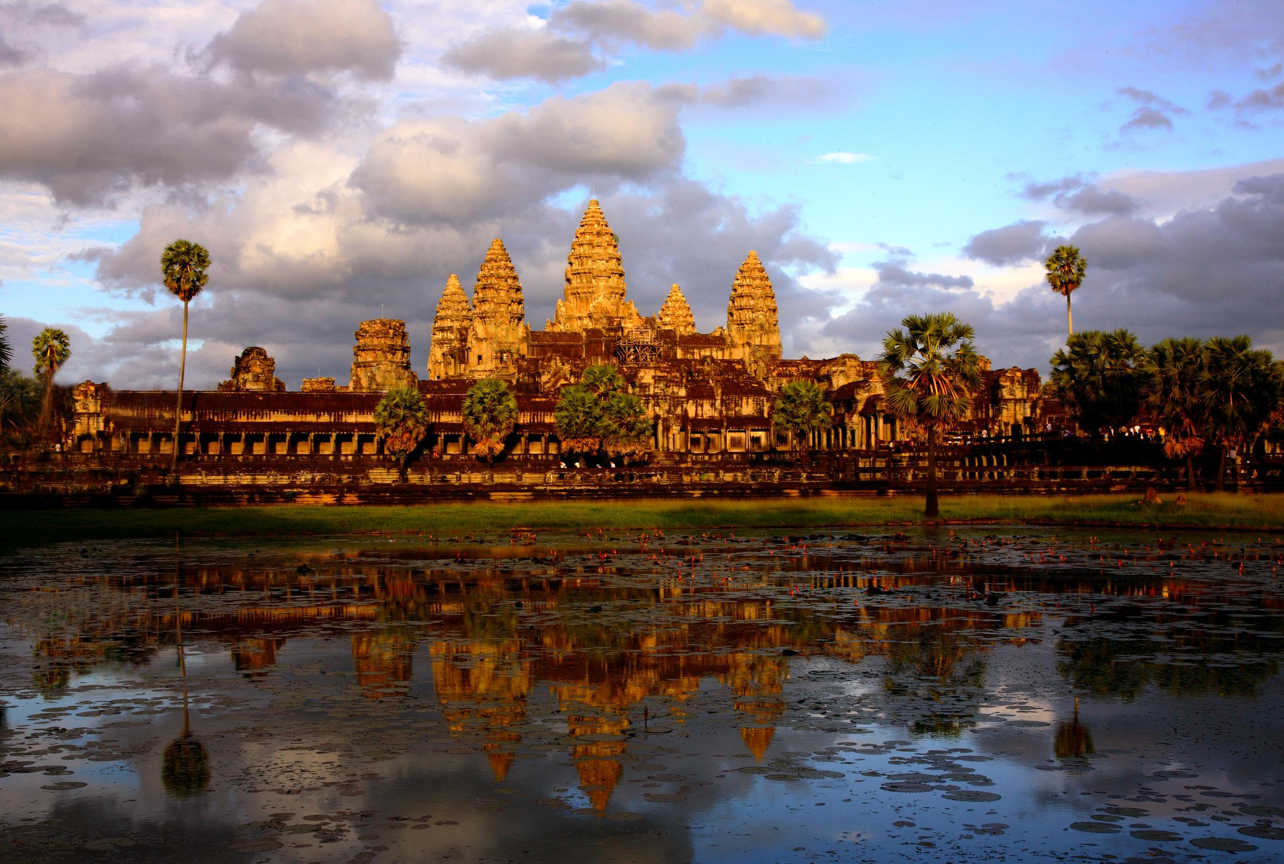 Giorno 02-Angkor Wat (2).jpg