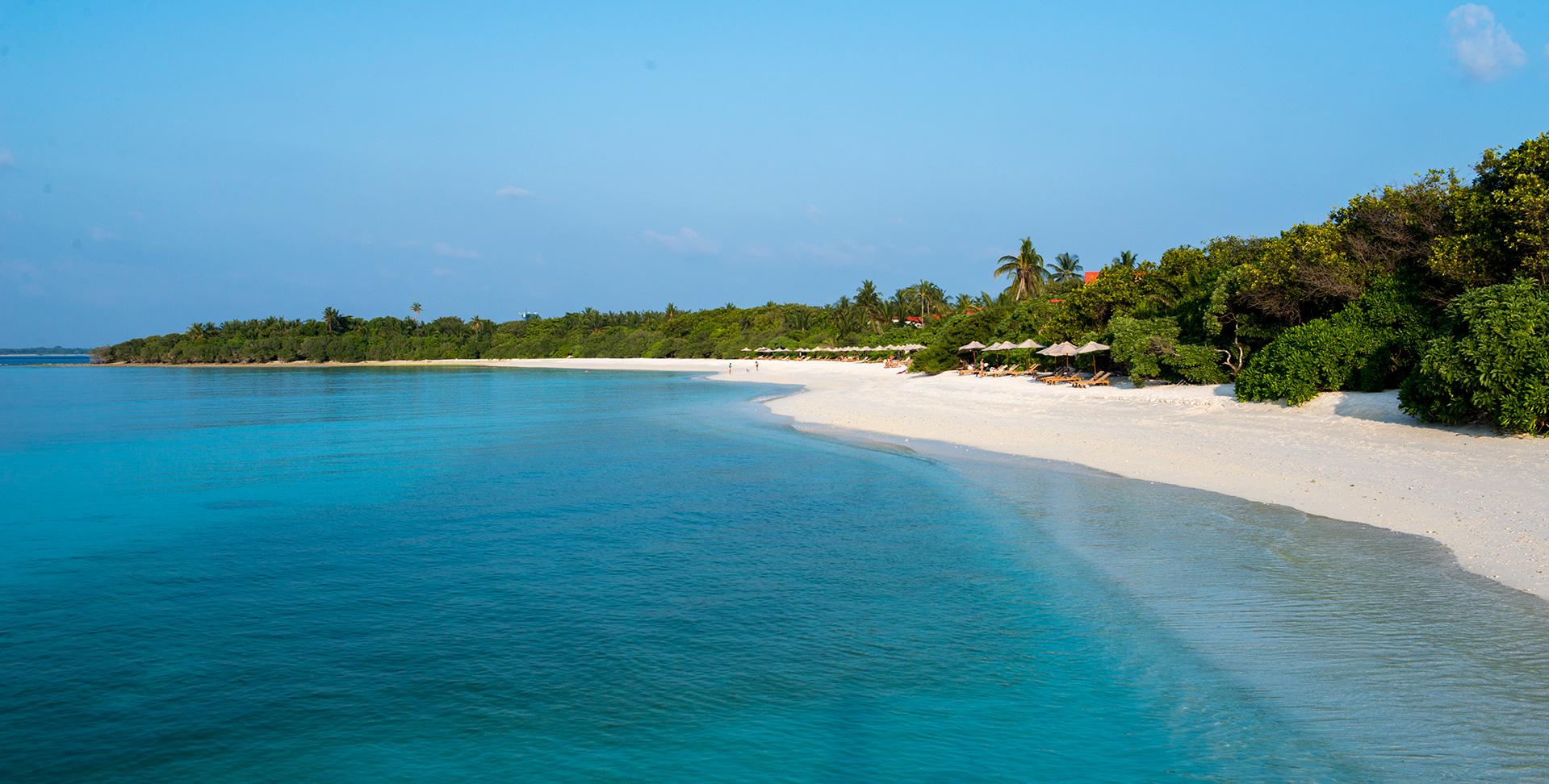 Barefoot_Resort-Maldive-Spiaggia-Wadi_Destination.jpg