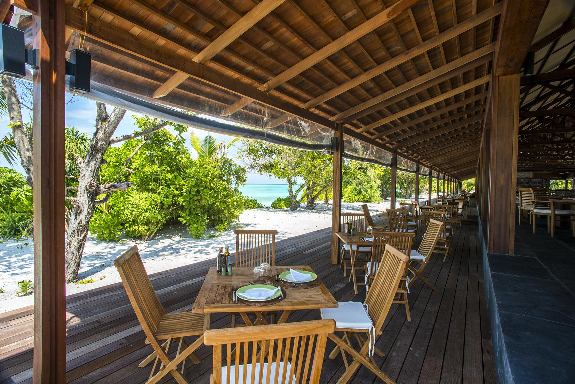 Barefoot_Resort-Maldive-Ristorante-Wadi_Destination.jpg