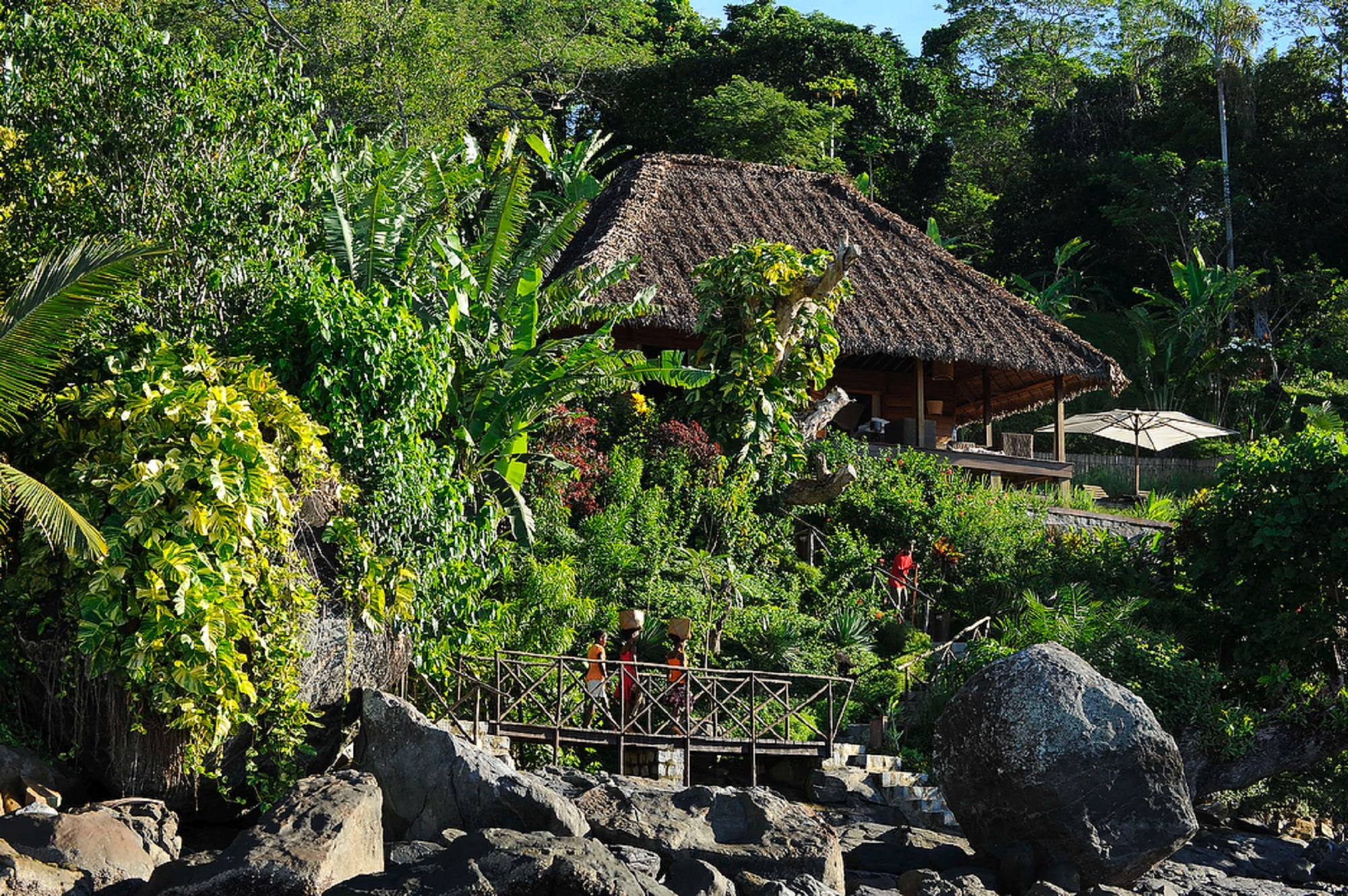 Tsara-komba-lodge-nosy-be-madagascar-wadi-destination-main-lodge.jpg