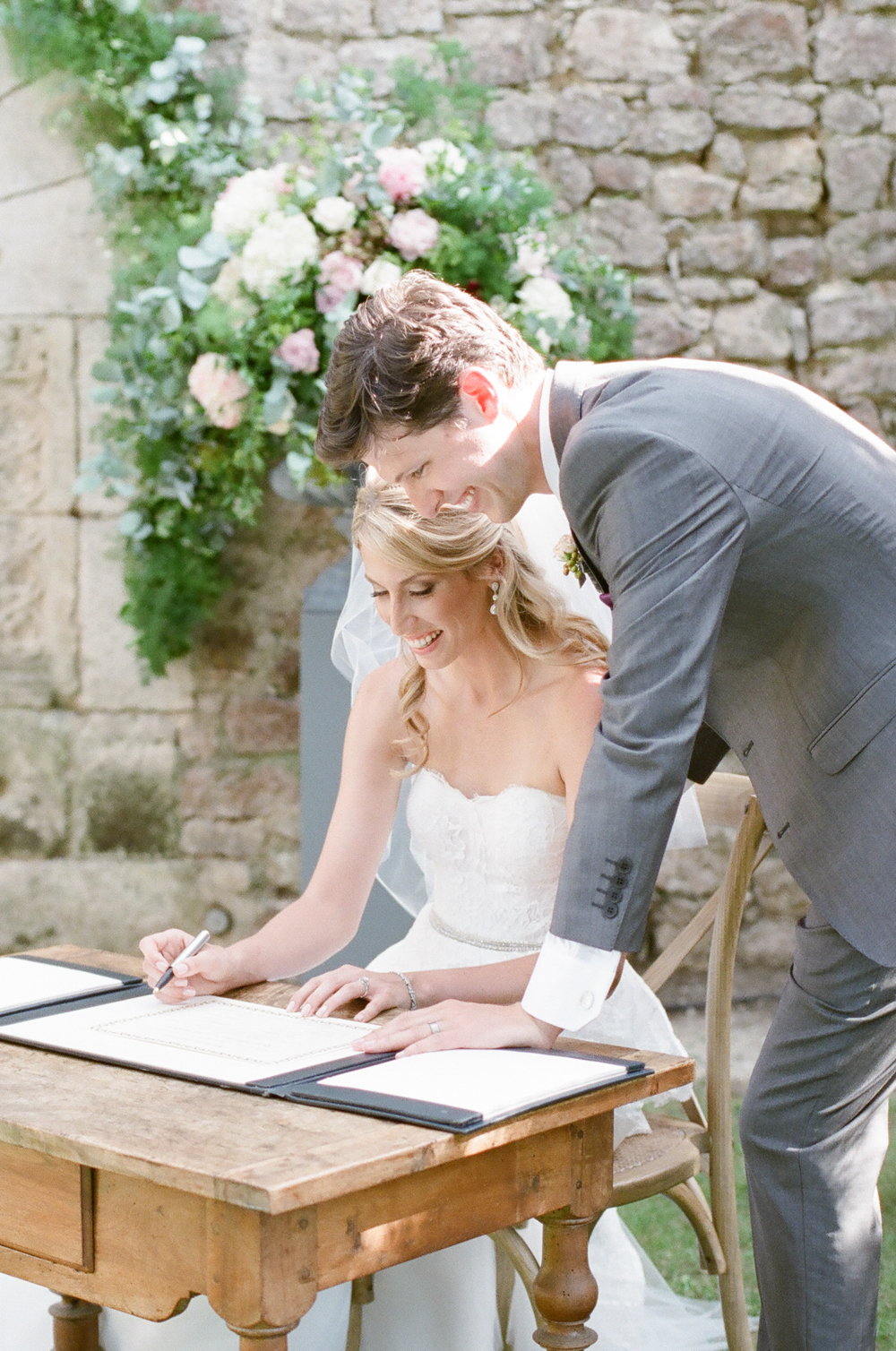 Rory_Wylie_Photography_French_Chateau_Real_Wedding-29.jpg
