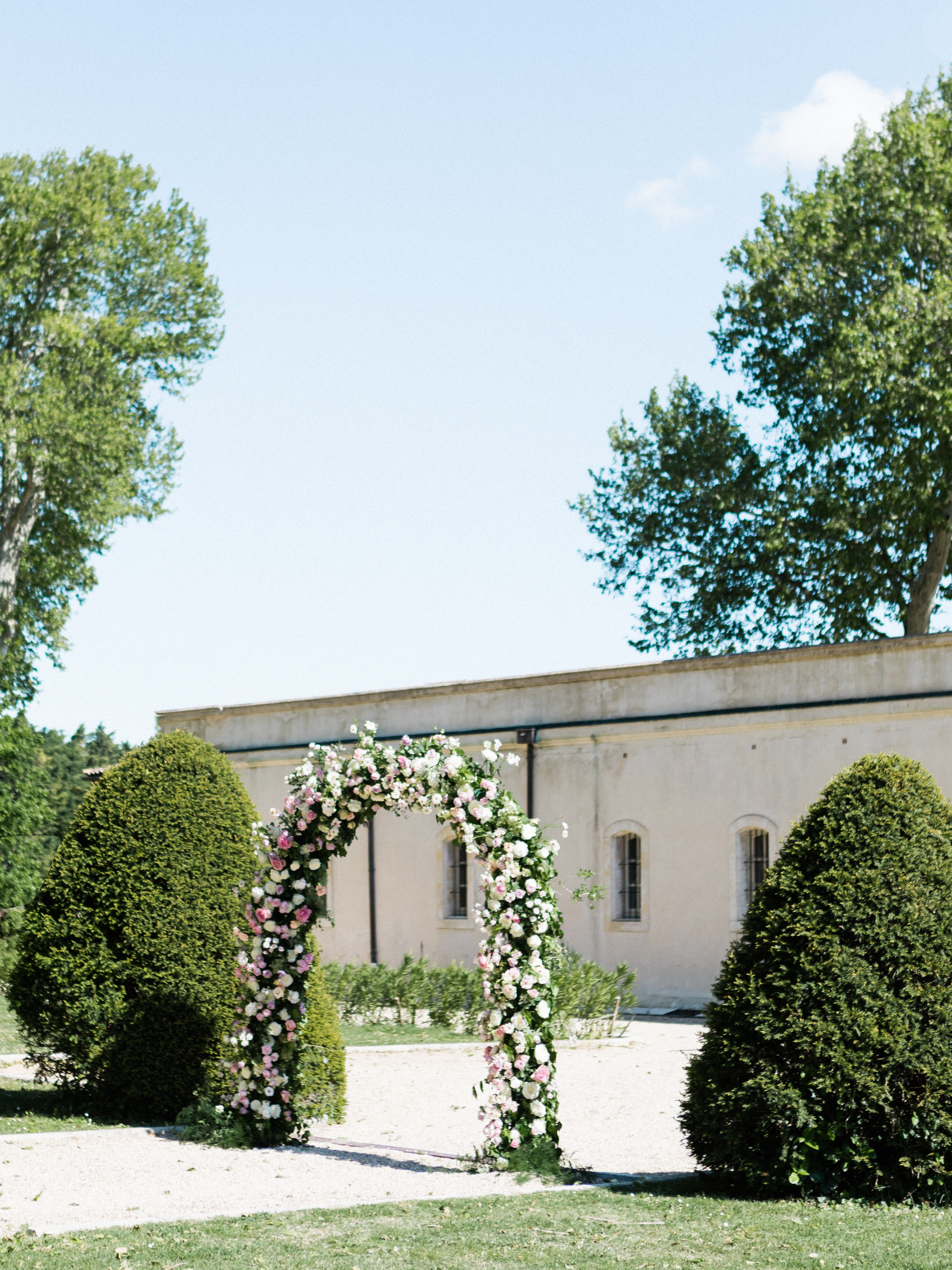 chateau_de_tourreau_provence_wedding_(c)_rory_wylie-3.jpg