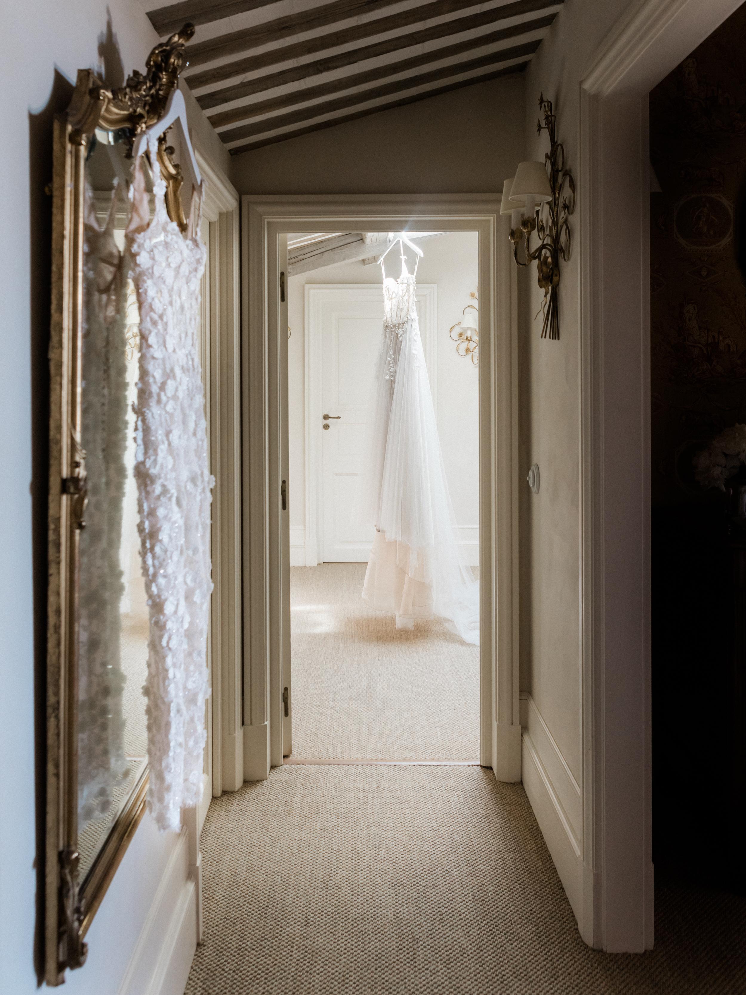 bastide_de_gordes_provence_wedding_(c)_rory-wylie-13.jpg