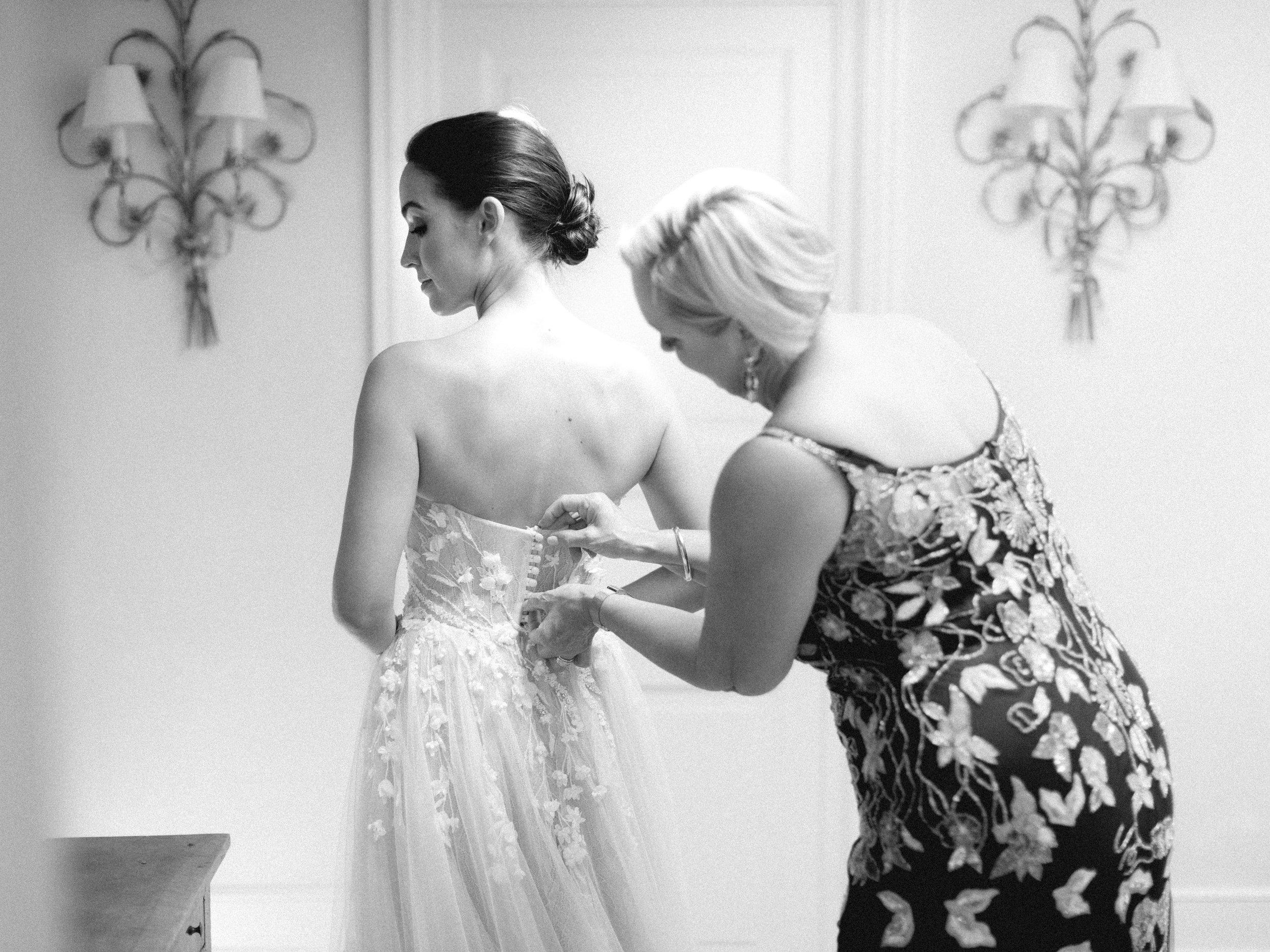 bastide_de_gordes_provence_wedding_(c)_rory-wylie-15.jpg