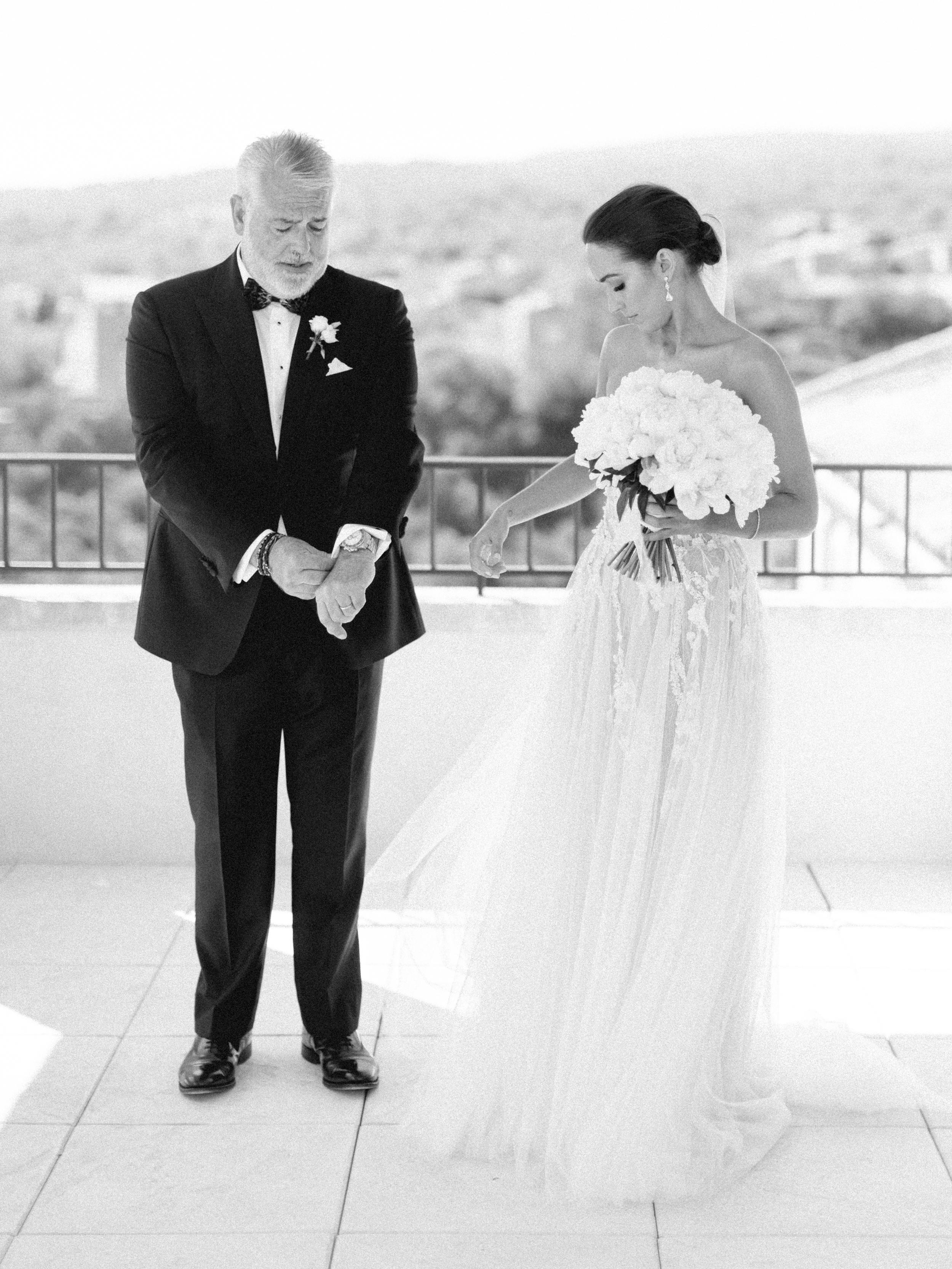 bastide_de_gordes_provence_wedding_(c)_rory-wylie-22.jpg