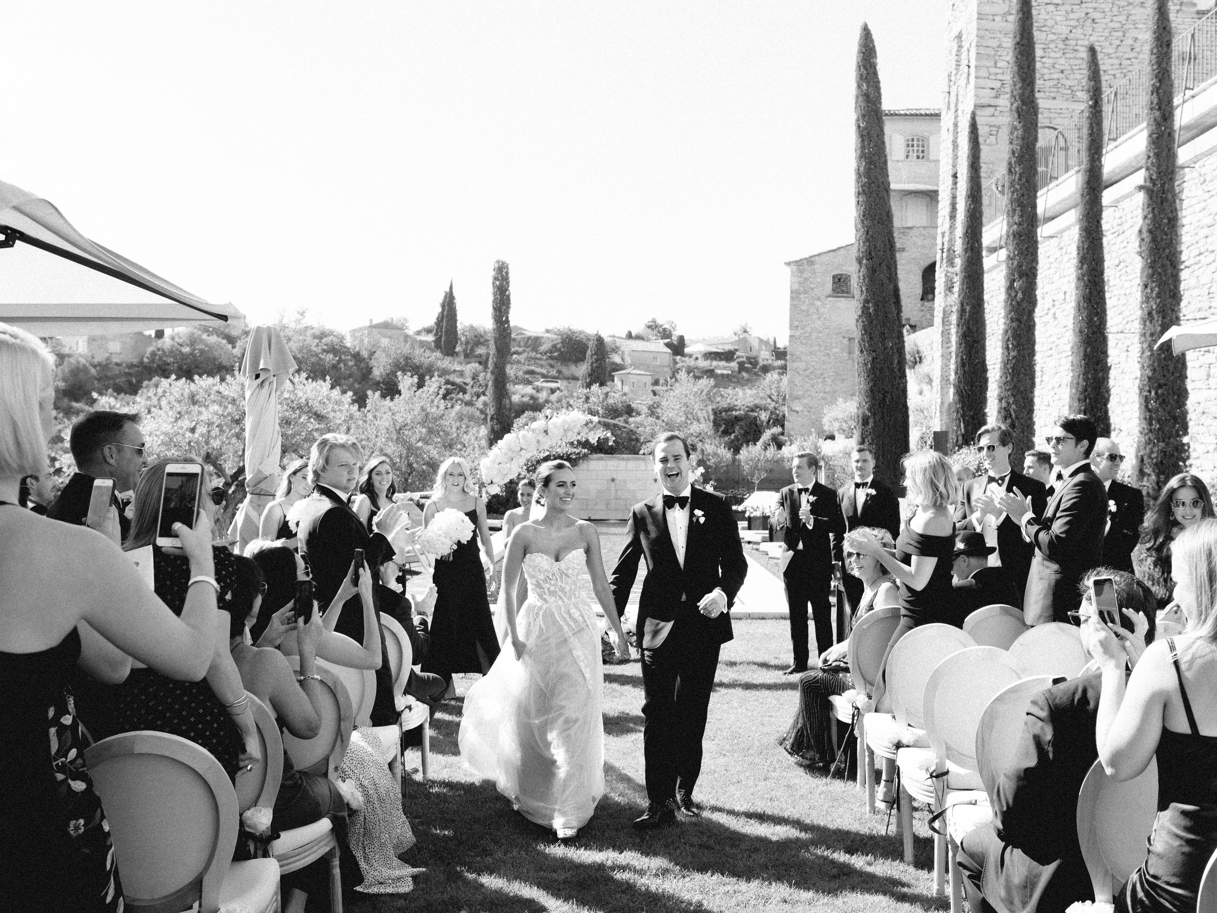 bastide_de_gordes_provence_wedding_(c)_rory-wylie-33.jpg