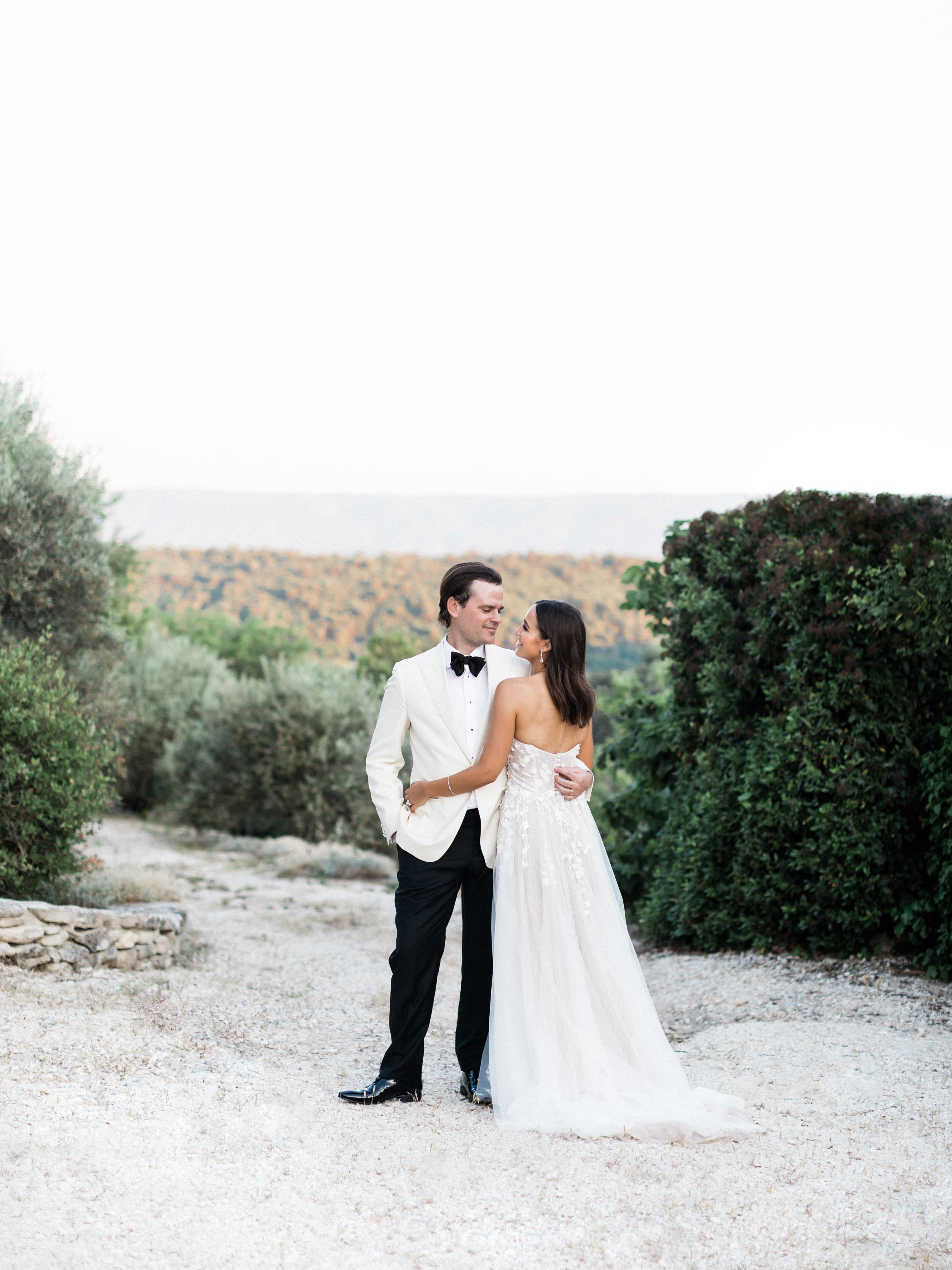 bastide_de_gordes_provence_wedding_(c)_rory-wylie-69.jpg