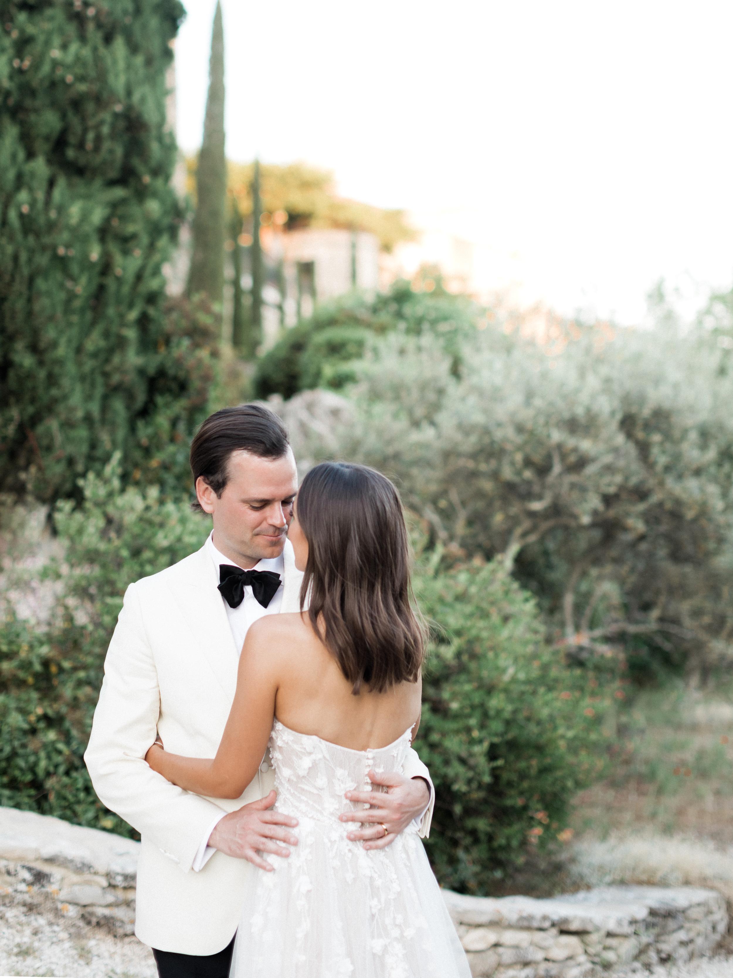 bastide_de_gordes_provence_wedding_(c)_rory-wylie-71.jpg