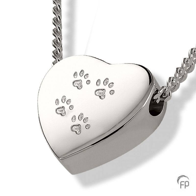 Heart_Pawprint_pendant.jpg