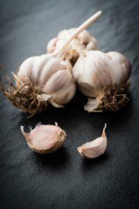 garlic-200x300.jpg