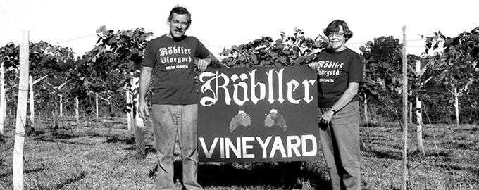 Robert and Lois Mueller established Röbller Vineyard in New Haven, 1988.