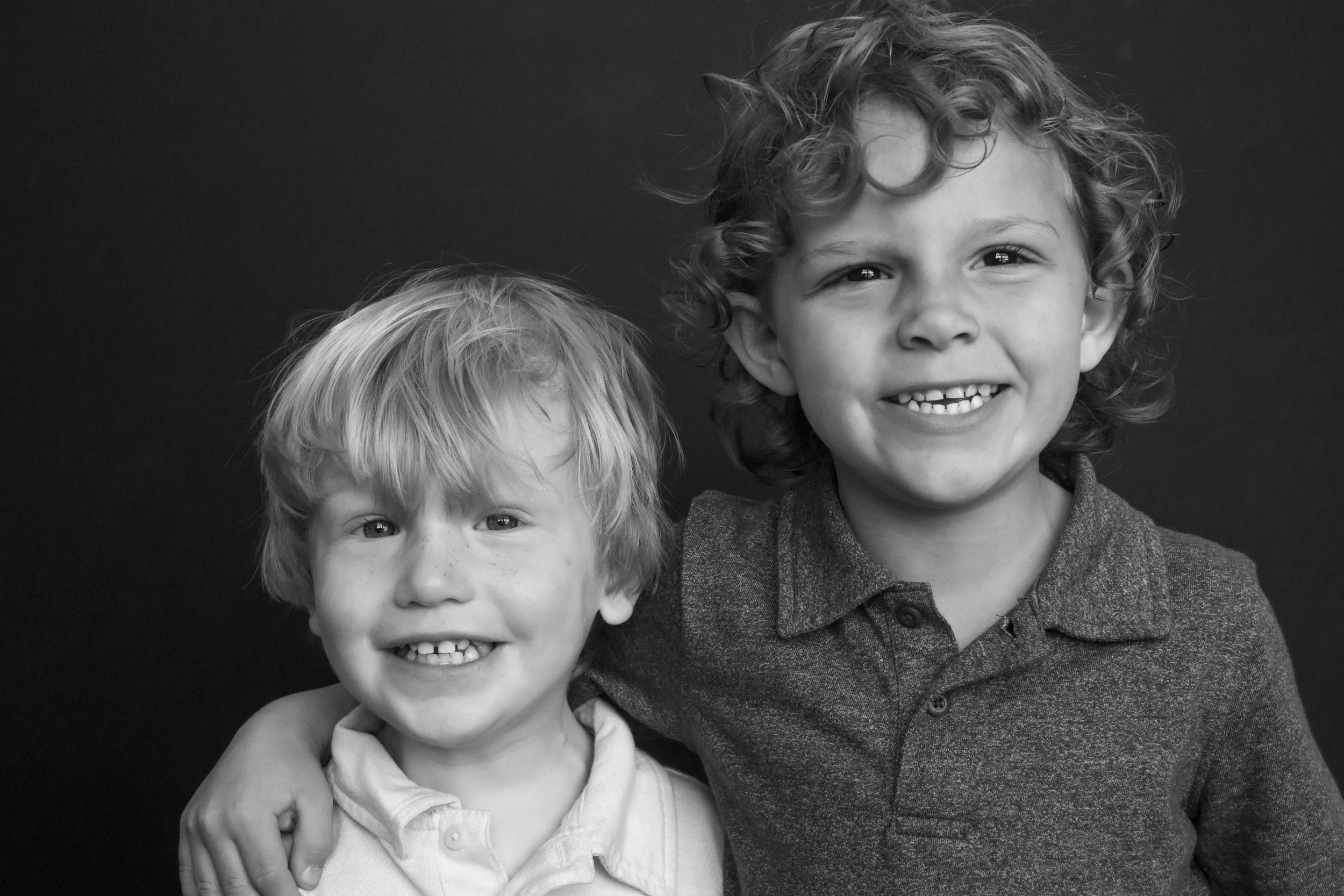Sibling Portraits - Does your current preschool photographer offer sib photos?I didn't think so.