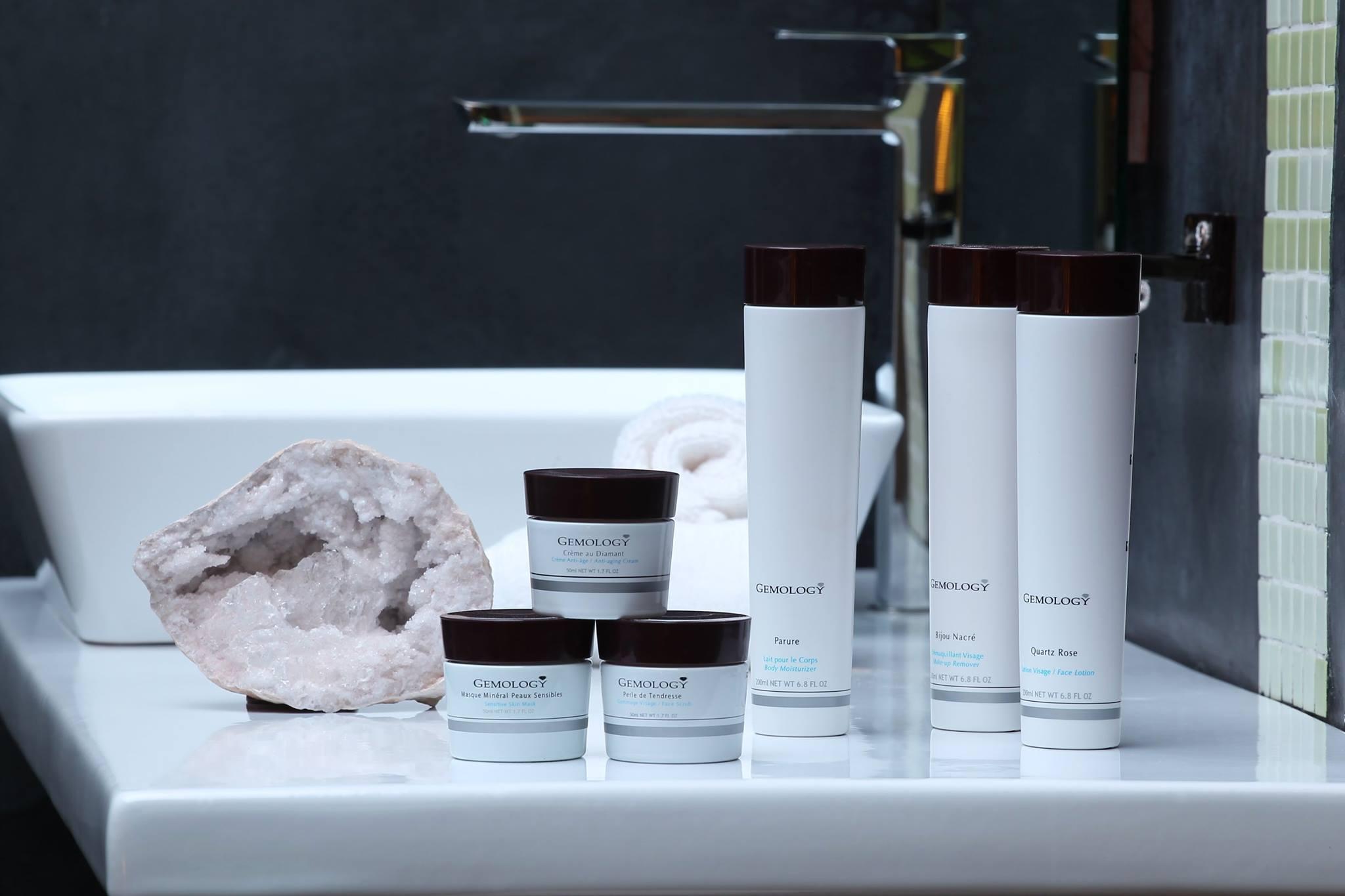 _Gemology Cosmetics Paris.jpg