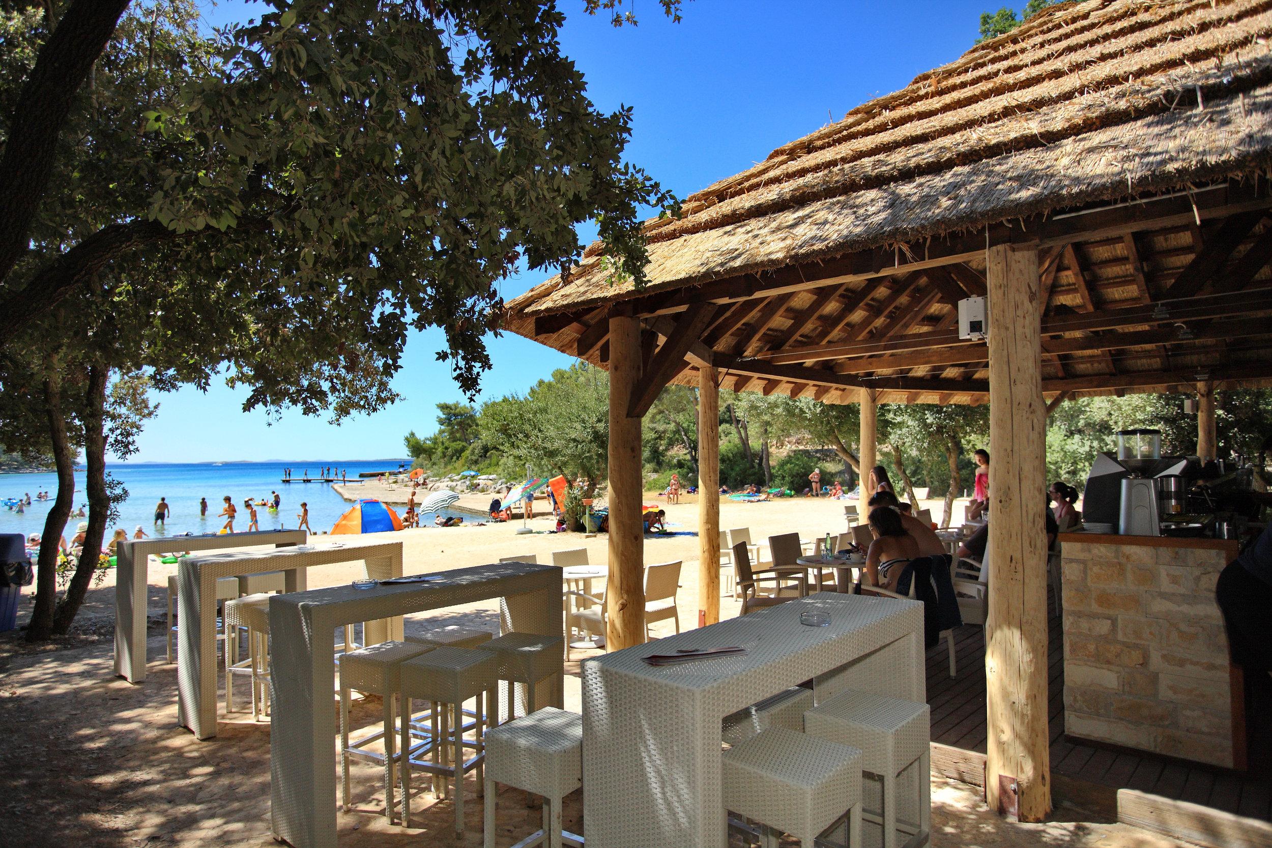 Beach Bar (3).jpg