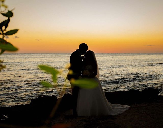 Love in paradise! Here at Creative Purposes we specialize in not only local weddings, but destination weddings too! This includes full service planning and complimentary honeymoon planning in all of our packages. ⠀⠀⠀⠀⠀⠀⠀⠀⠀ A few of the places we have traveled to and planned for so far include the Dominican Republic and Jamaica. I wonder where we will we go next?!